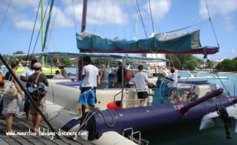 Grand Bay - Boarding For Ilôt Gabriel